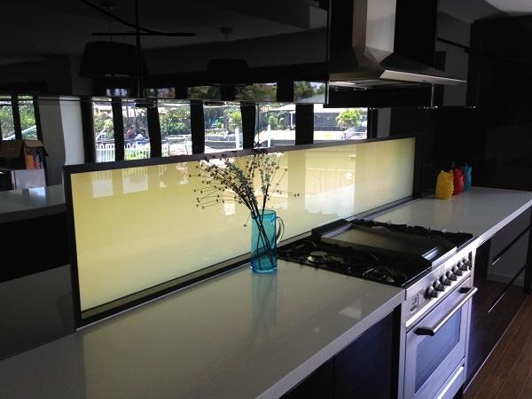 Kitchen Splashback Privacy Glass OFF