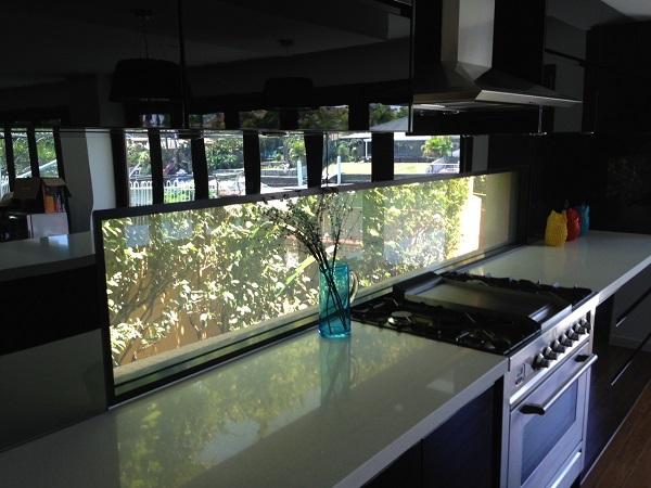 Kitchen Splashback Privacy Glass ON