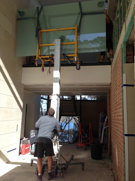 Switchglass Lifting